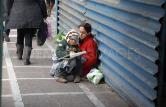 1329492191-the-face-of-poverty-in-greece_1056503